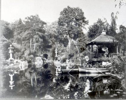 Famille Marcel embarcadère Parc oriental