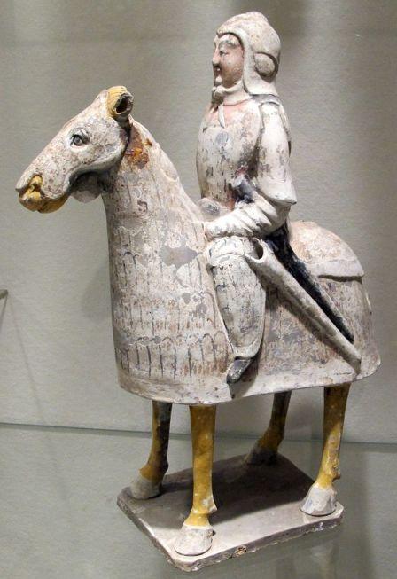 Cavalier - mingqi, Qi du Nord (550-577), terre cuite, Philadelphia Museum CC BY-SA 3.0